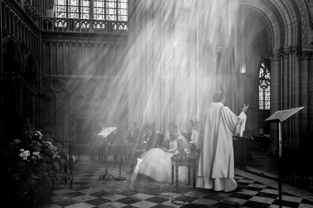Moment lumineux à la cathédrale de Bayeux