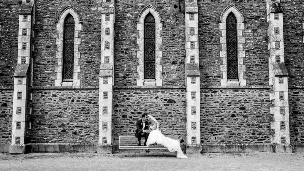 moment de tendresse - mariage en Normandie