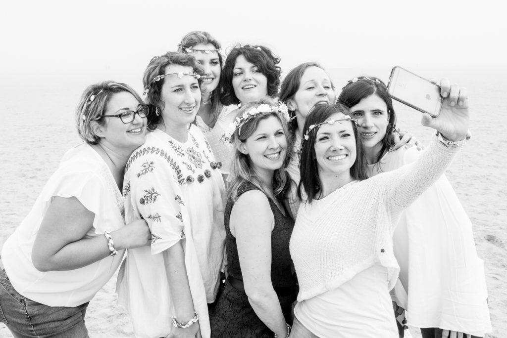 evjf ouistreham selfie sur la plage