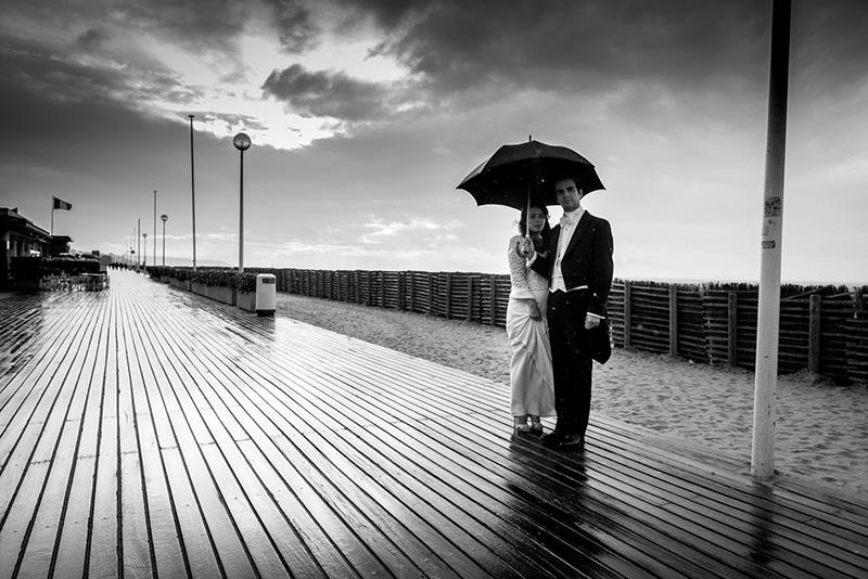 mariage sous la pluie à Deauville