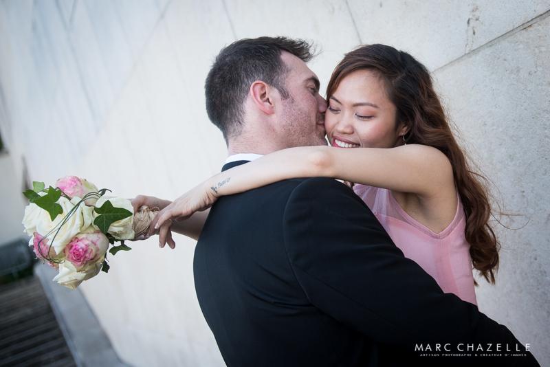 Reportage mariage couple au Trocadéro