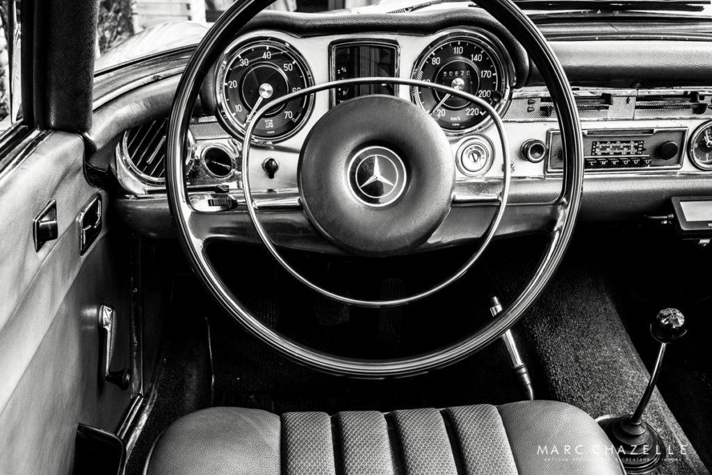 Mercedes 280 SL Pagode intérieur volant