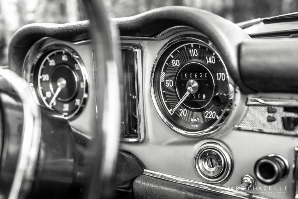Mercedes 280 SL Pagode intérieur compteur