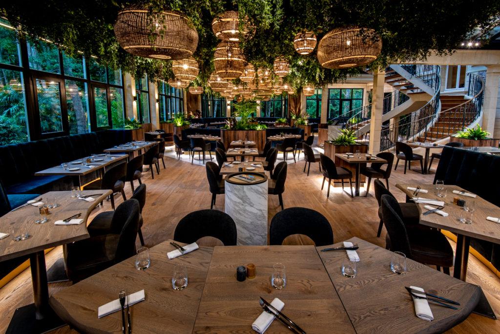 salle de restaurant les jardins d'Epicure dans le vexin proche de Giverny